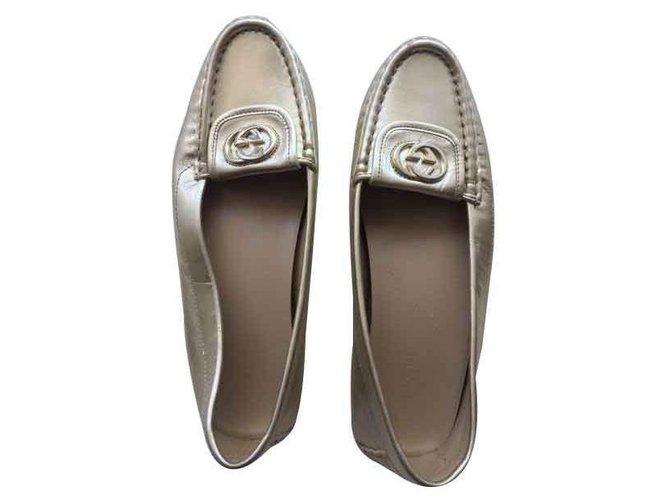 a4d1a35b9976 Gucci Gucci Slipper Flats Leather Golden ref.123358 - Joli Closet