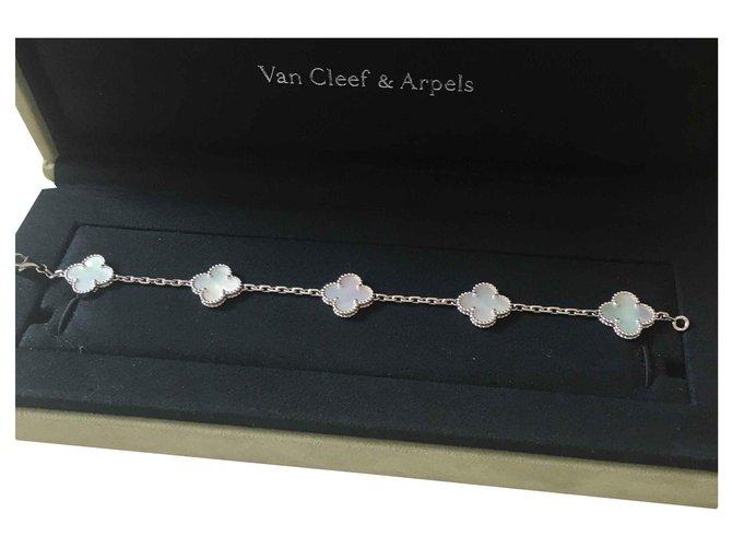 Bracelets Van Cleef & Arpels Vintage alhambra Or blanc Blanc ref.123413