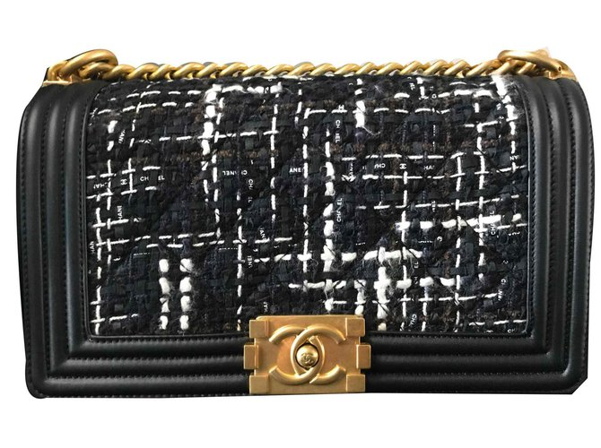 Chanel Chanel boy bag in black leather and fabric Handbags Leather Black ref.124046