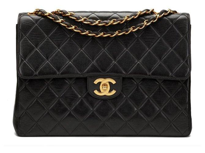 Chanel Classic jumbo single flap Handbags Lambskin Black ref.124136