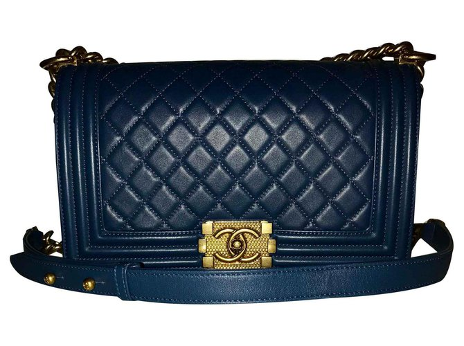 Chanel Le boy Handbags Lambskin Blue,Golden ref.124711