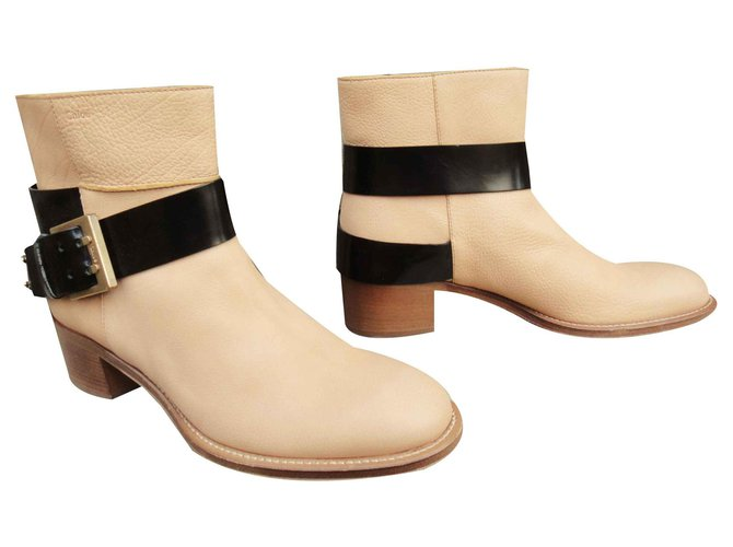 Chloé Chloé buckle boots in mint condition, just tried Ankle Boots Leather Beige ref.124717