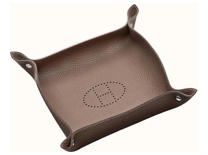 Hermès Mises et Relances change tray Misc Leather Brown ref.125052