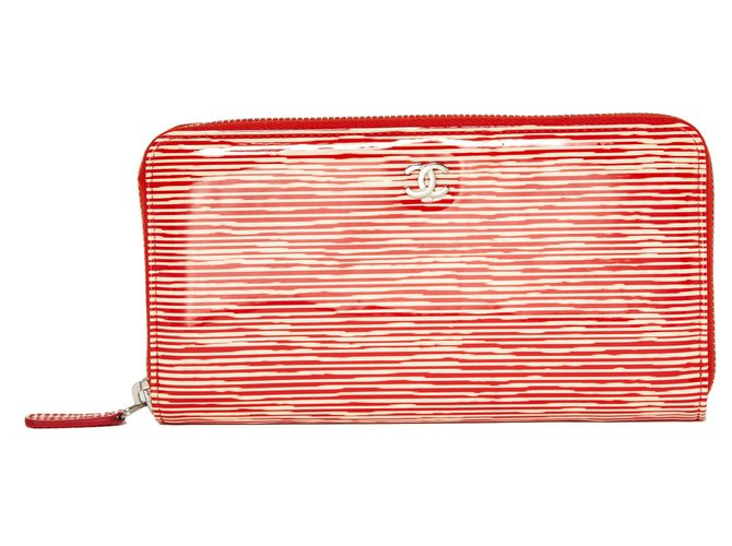 Chanel CORAIL PATENT Wallets Patent leather Red,Cream ref.126775