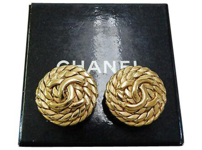 Chanel Chanel Clip-on Vintage CC Earrings Yellow gold Golden ref.126779