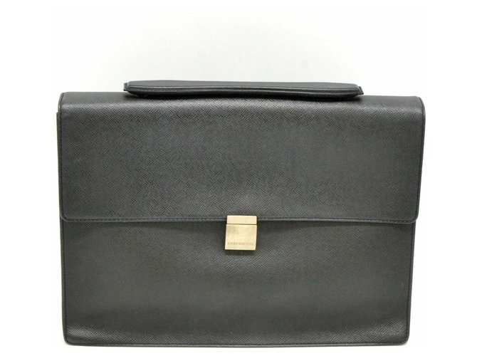 Louis Vuitton Louis Vuitton Taiga Business Bag Misc Leather Grey ref.126817
