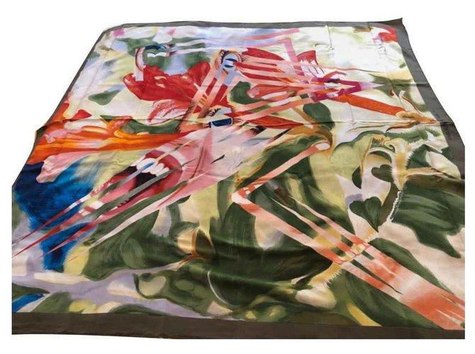 Louis Vuitton Silk scarves Multiple colors  ref.128641