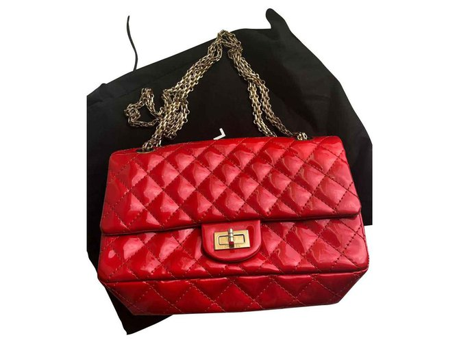 142a25660250 Chanel Reissue Handbags Patent leather Red ref.129732 - Joli Closet