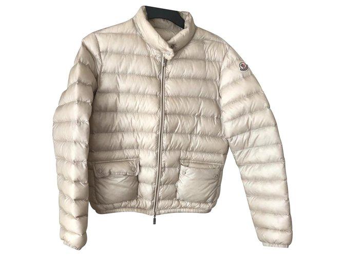 Manteaux Moncler Manteaux, Vêtements d'extérieur Polyester Beige ref.129872