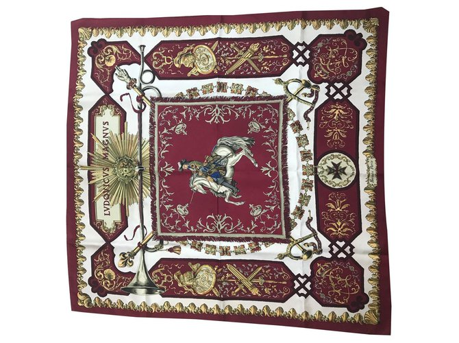 Hermès Ludovicius Magnus Silk scarves Silk Red ref.131199