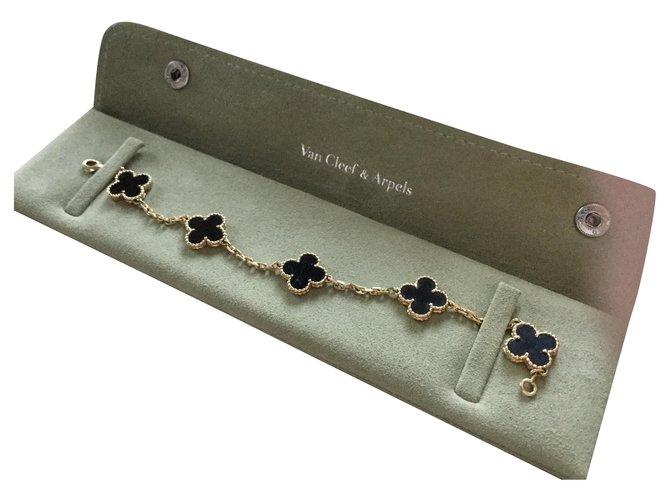 Bracelets Van Cleef & Arpels BRACELET VINTAGE ALHAMBRA OR JAUNE Or jaune Doré ref.132449