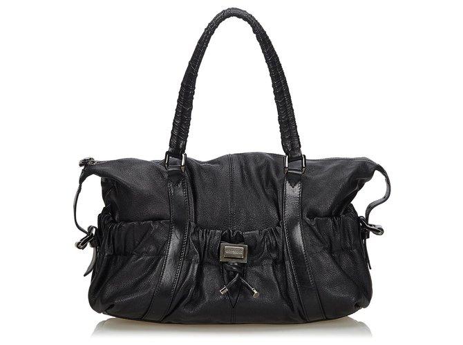 Burberry Burberry Black Leather Shoulder Bag Handbags Leather,Other Black ref.132797