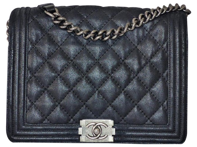 Chanel Le boy Handbags Leather Black ref.133543