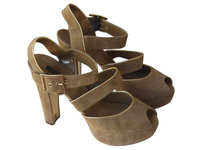 Louis Vuitton Sandals Sandals Lambskin Caramel ref.133987