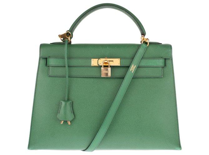 Sacs à main Hermès Ravissant Hermès Kelly sellier 32 cm en cuir courchevel vert gazon , bijouterie dorée et en très bon état! Cuir Vert ref.135193