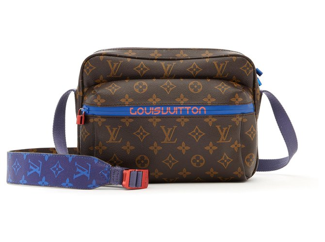 Louis Vuitton OUTDOOR MESSENGER PM BY VIRGIL ABLOH Bags Briefcases Leather,Cloth,Rubber,Metal Brown ref.135327
