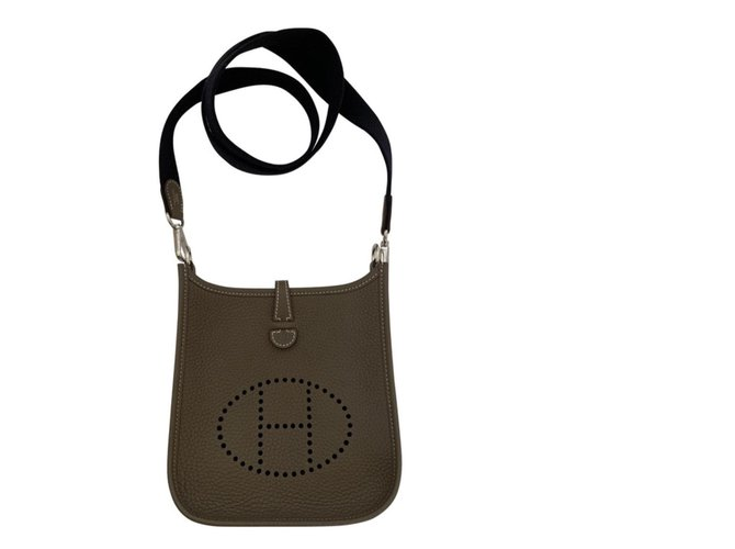 Hermès Evelyne 16 amazone TPM Handbags Leather Taupe ref.135517