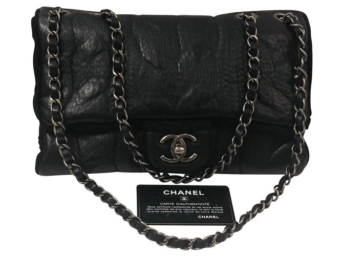 Sacs à main Chanel Classique Cuir Noir ref.136352