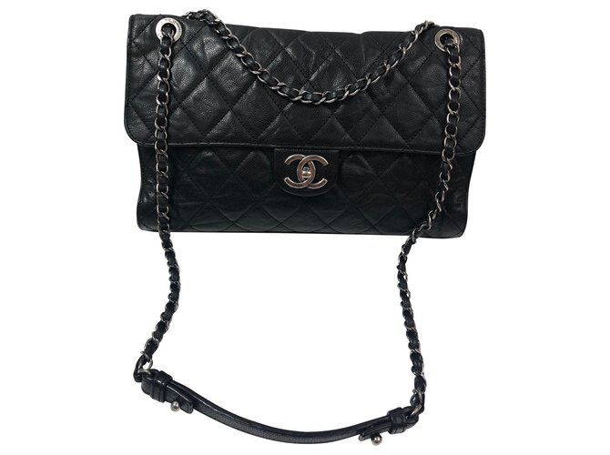 Sacs à main Chanel Classique Cuir Noir ref.136355