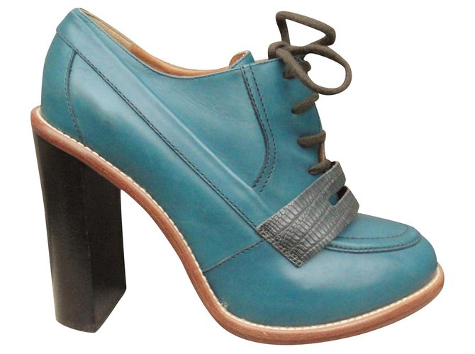 Chloé Chloé heel derbies in mint condition Lace ups Leather Blue ref.136654