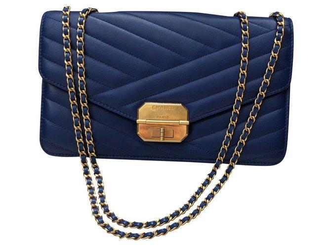 Sacs à main Chanel Classique Cuir Bleu,Bleu Marine,Bleu foncé ref.137532