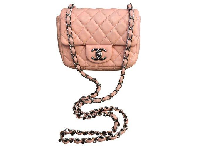 Chanel Mini Classic Handbags Leather Pink ref.139118