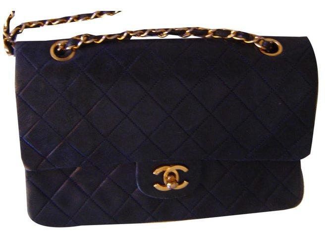 Sacs à main Chanel TIMELESS Cuir Noir ref.139688