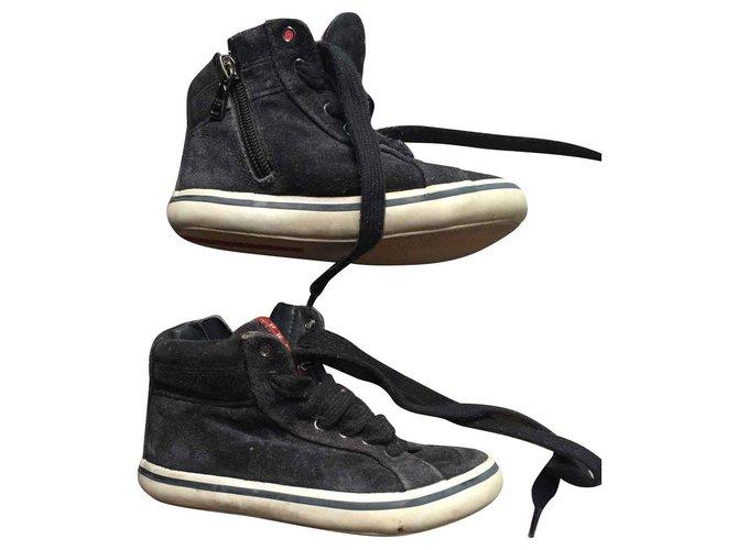 Baskets enfant Prada chaussures basket enfant Suede Bleu Marine ref.139766