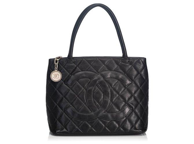 Chanel Chanel Black Caviar Medallion Tote Totes Leather Black ref.140414