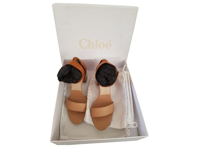 Chloé Chloé sandals Sandals Leather Beige ref.141100