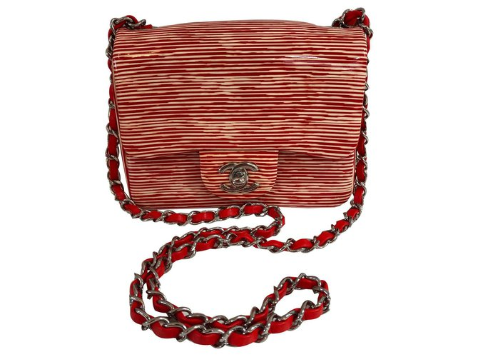 Chanel Mini Classic Handbags Varnish Red,Beige ref.141914