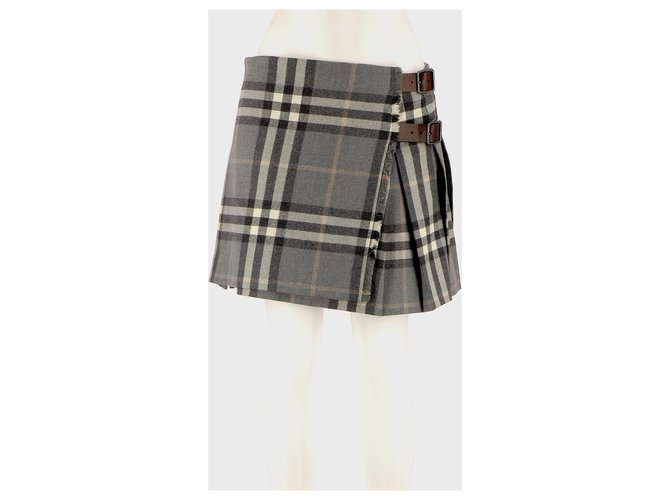Burberry Skirt suit Skirts Wool Multiple colors ref.142289