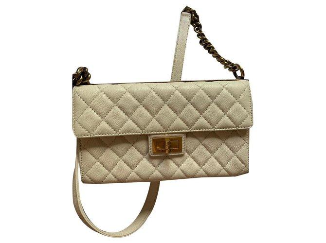 Chanel 2.55 Handtaschen Leder Beige ref.142298