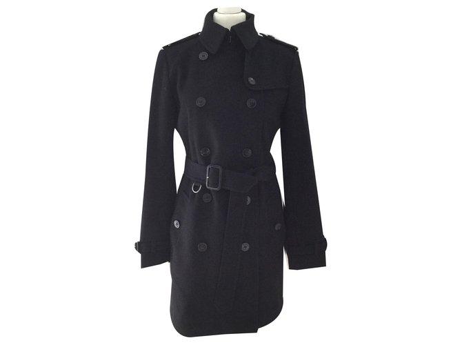 Burberry Kensington Coats, Outerwear Wool Black ref.144090