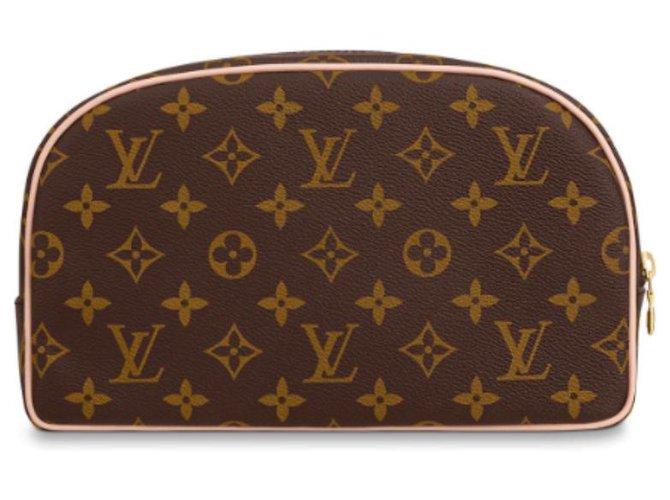 Louis Vuitton Louis Vuitton washbag new Purses, wallets, cases Leather Brown ref.144129