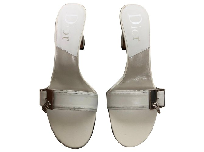 Christian Dior Heeled mules White Leather  ref.144226