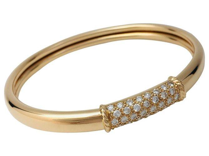 "Bracelets Van Cleef & Arpels Bracelet Van Cleef & Arpels, ""Philippine"", or jaune et diamants. Or blanc,Autre,Or jaune Autre ref.145525"