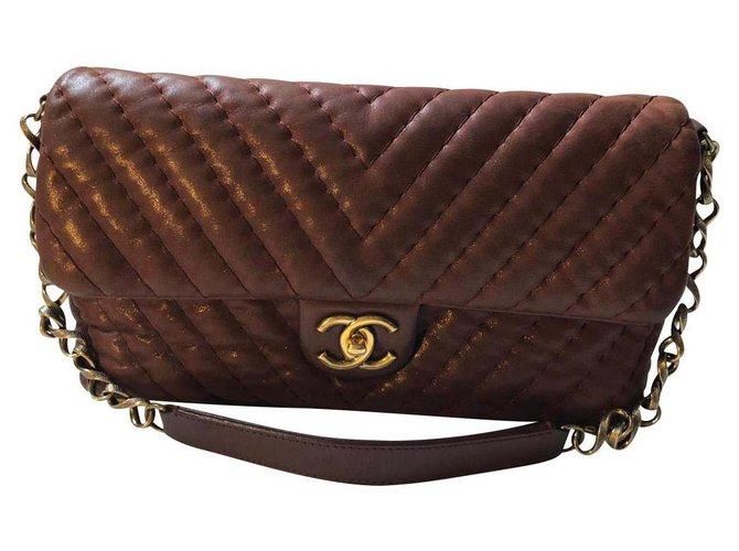 Chanel Chanel chevron Handbags Leather Dark red ref.146178