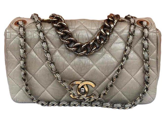 Chanel Chanel Handbags Leather Beige,Eggshell ref.147388