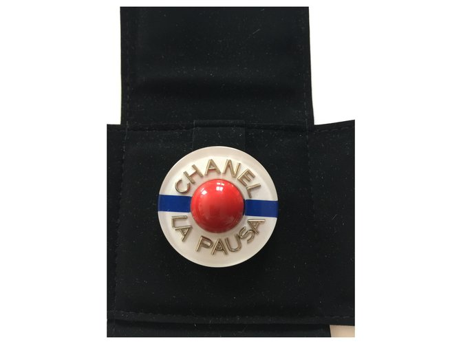 Chanel the pausa Pins & brooches Ceramic Multiple colors ref.147423