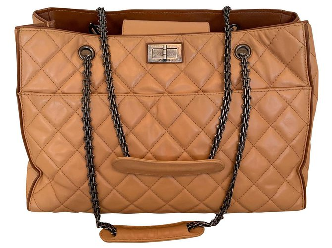 Sacs à main Chanel Shopping Cuir Beige ref.149534