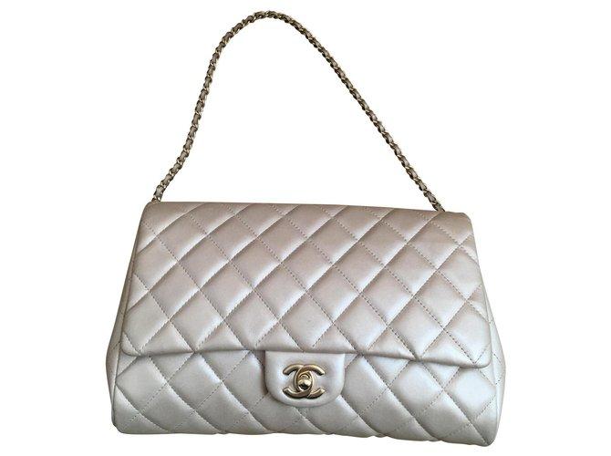 Chanel Handbags Handbags Leather Golden ref.150024