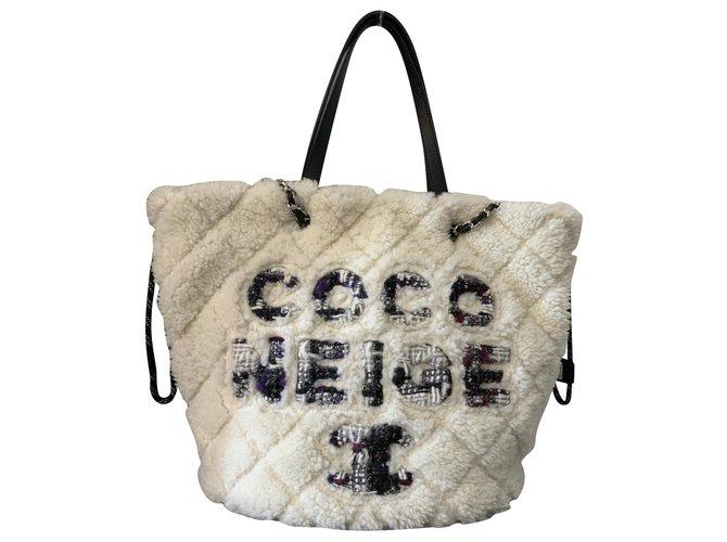 Sacs à main Chanel CHANEL SAC SHOPPING MOUTON COCO NEIGE Autre Blanc ref.150426