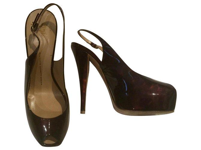Platform Peep Toe Heels Patent leather