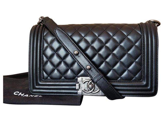 Chanel boy medium Handbags Leather Black ref.151004