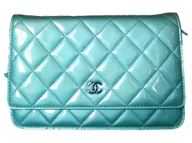 Chanel WOC Handbags Patent leather Light green ref.151244
