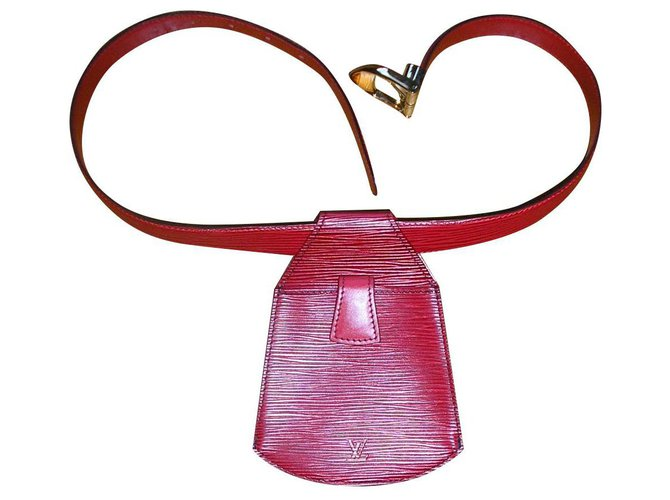 Louis Vuitton Louis Vuitton, red epi leather belt clutch. Purses, wallets, cases Leather Red ref.151791