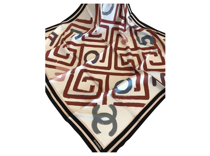 Chanel SILK SCARF CHANEL Scarves Silk Multiple colors ref.152512