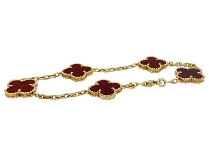 "Bracelets Van Cleef & Arpels Bracelet Van Cleef & Arpels modèle ""Vintage Alhambra"" en or jaune, cornalines. Or blanc,Or jaune Autre ref.152682"