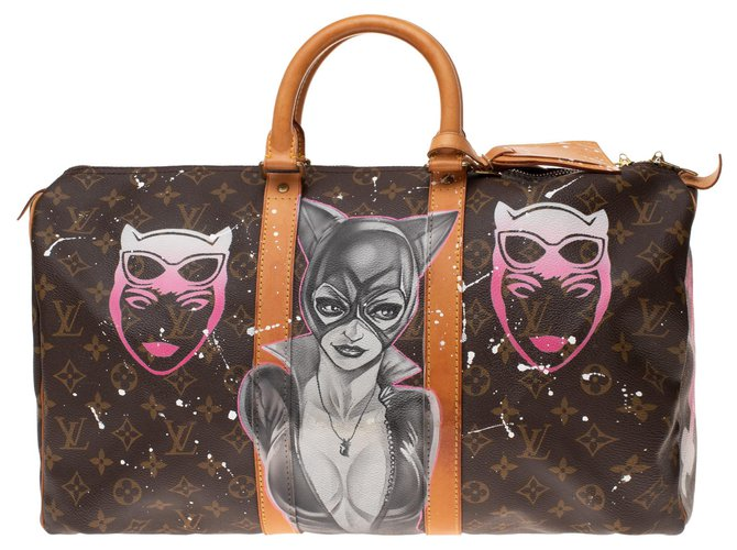 "Sacs de voyage Louis Vuitton Sac Louis Vuitton Keepall 45 en toile Monogram customisé ""Girl Power"" by PatBo ! Cuir,Toile Marron ref.154300"